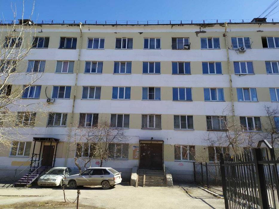 Екатеринбург, ул. Космонавтов, 52б (Эльмаш) - фото комнаты (1)