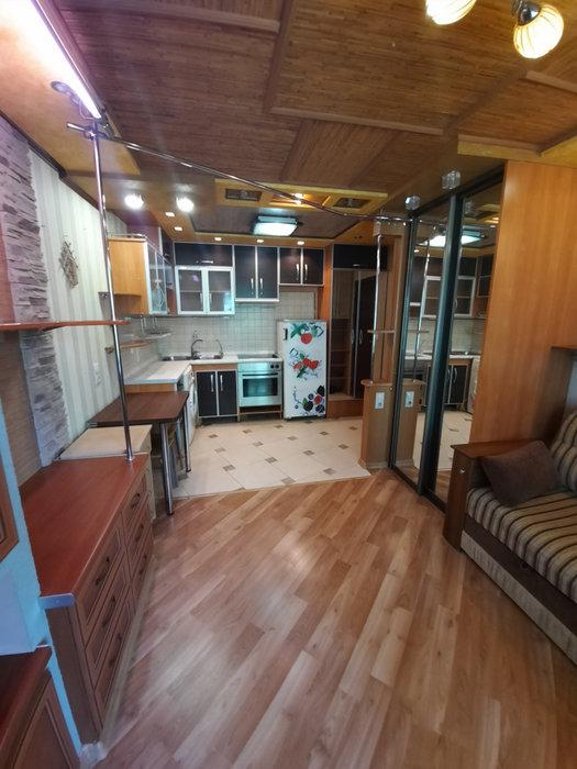 Екатеринбург, ул. Кобозева, 31 (Эльмаш) - фото комнаты (1)