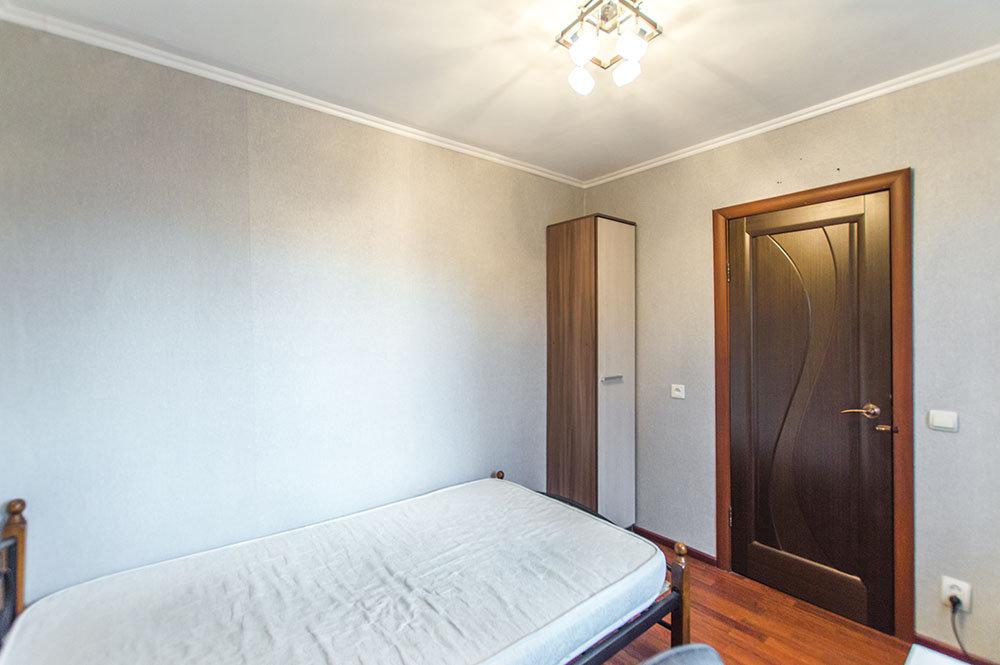 Екатеринбург, ул. Молодёжи, 82 - фото квартиры (8)