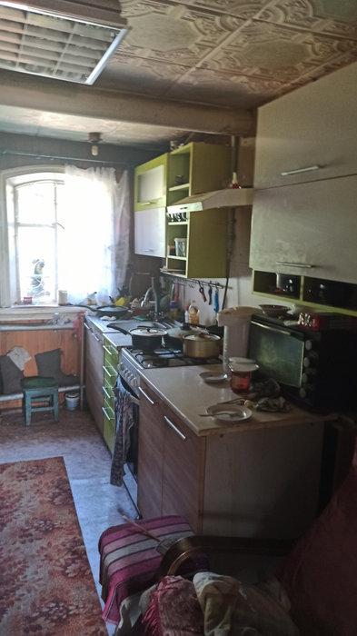 г. Ревда, ул. Октябрьская,   (городской округ Ревда) - фото дома (2)