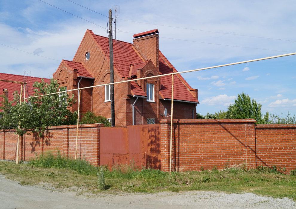 п. Верх-Нейвинский, ул. Евдокимова, 4 (городской округ Верх-Нейвинский) - фото коттеджа (1)