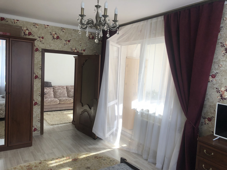 Екатеринбург, ул. Карасьевская, 46 (Широкая речка) - фото квартиры (3)