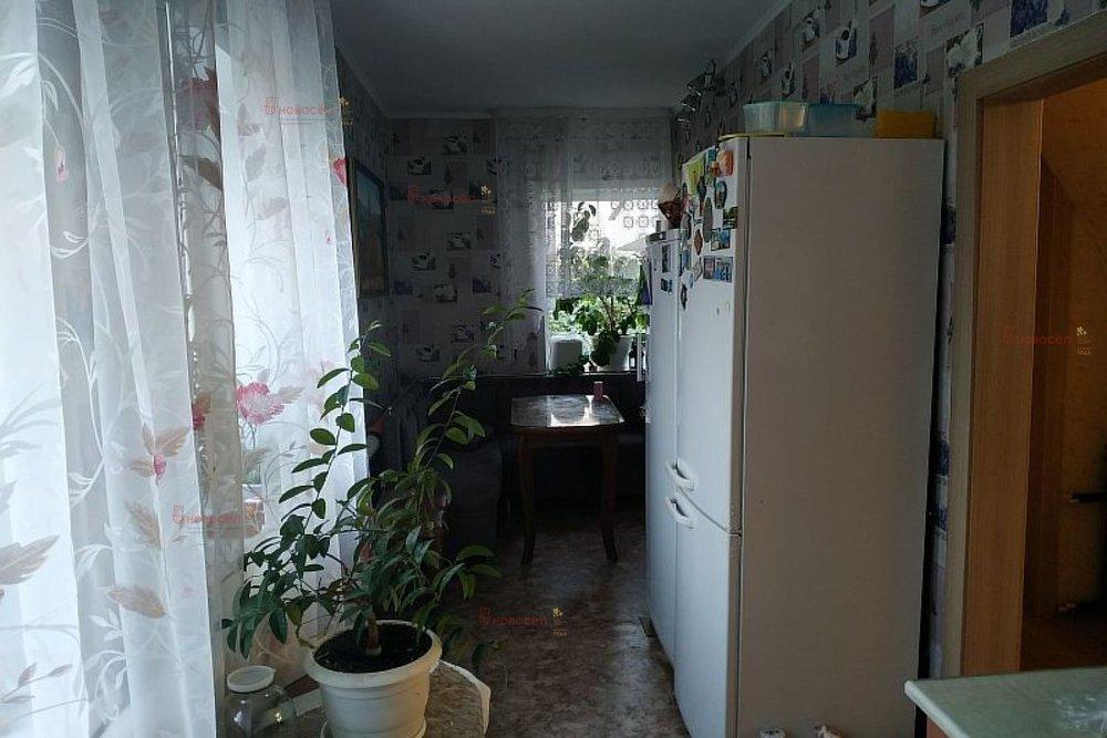 г. Ревда, ул. Камаганцева, 73 (городской округ Ревда) - фото коттеджа (8)
