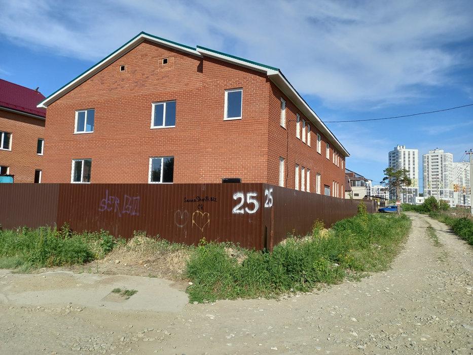 Екатеринбург, ул. Пшеничный, 25 (Широкая речка) - фото коттеджа (4)