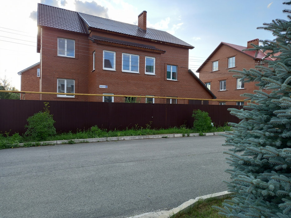 Екатеринбург, ул. Черничная, 34а (Широкая речка) - фото коттеджа (1)
