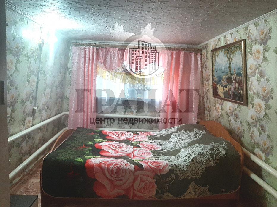 г. Ревда, ул. Весенняя (городской округ Ревда) - фото комнаты (1)