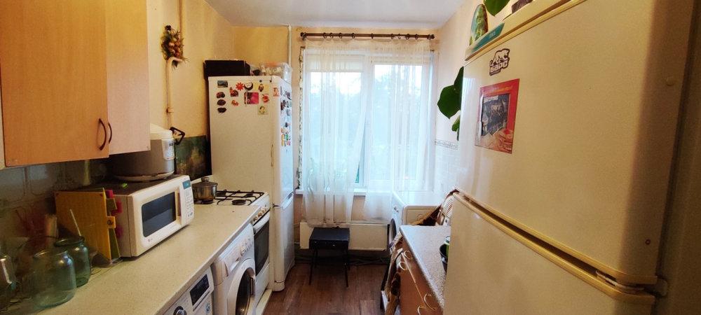 г. Верхняя Пышма, ул. Успенский, 60 (городской округ Верхняя Пышма) - фото комнаты (4)