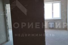 Екатеринбург, ул. Рощинская, 46/2 - фото квартиры