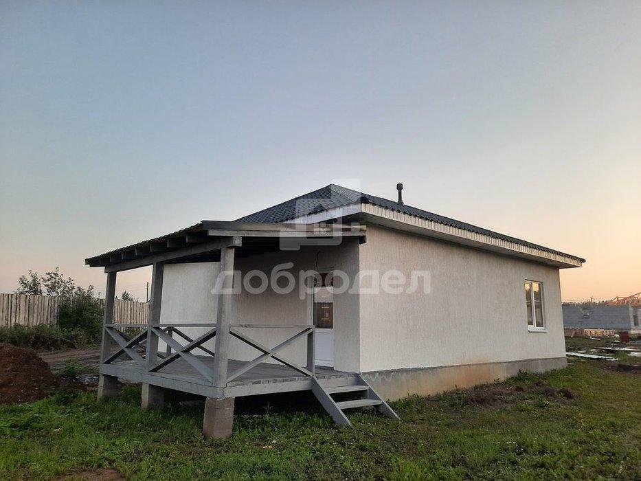 п. Прохладный, ул. Аметриновая, 9 (городской округ Белоярский) - фото дома (8)